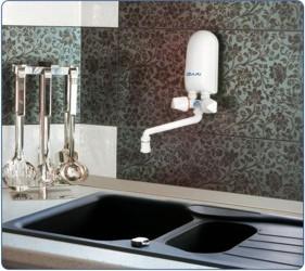 Dafi water heater 5,5 kW over sink