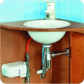 Dafi water heater 4,5 kW mounted under the sink